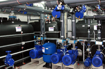 Industrial tanks for refrigeration and air-conditioning